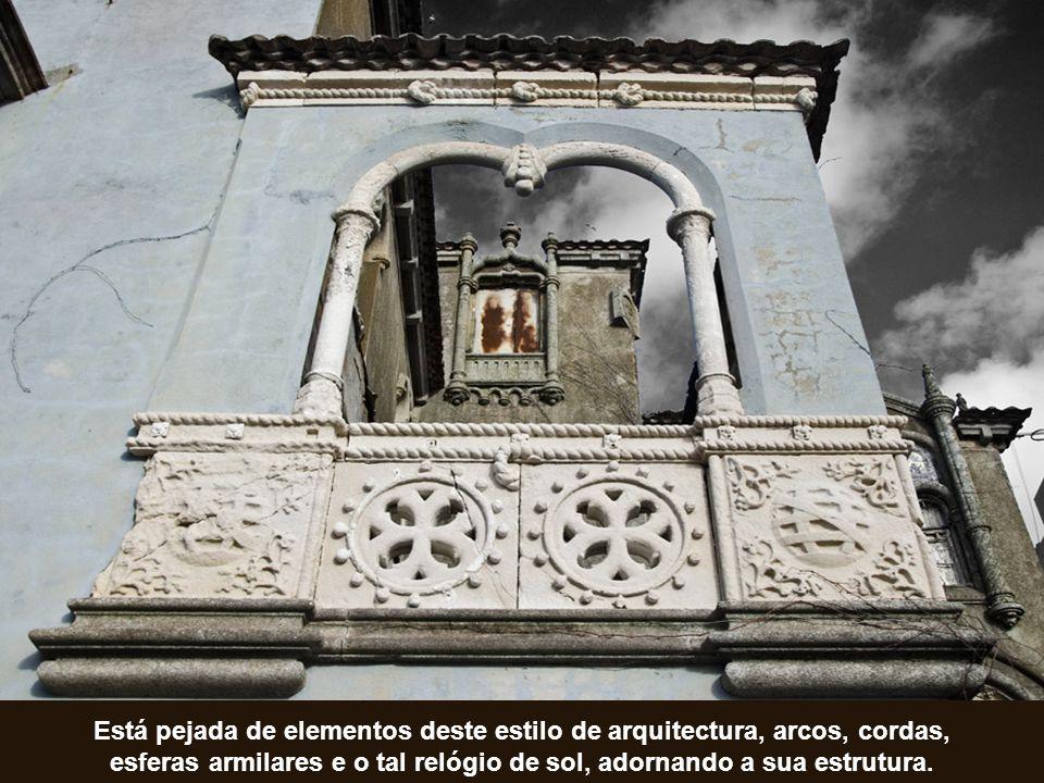 Algunas de las muchas obras de arte que se pueden admirar en el Palacio.. Passemos nós agora a uma visita guiada, começando pela fachada da casa
