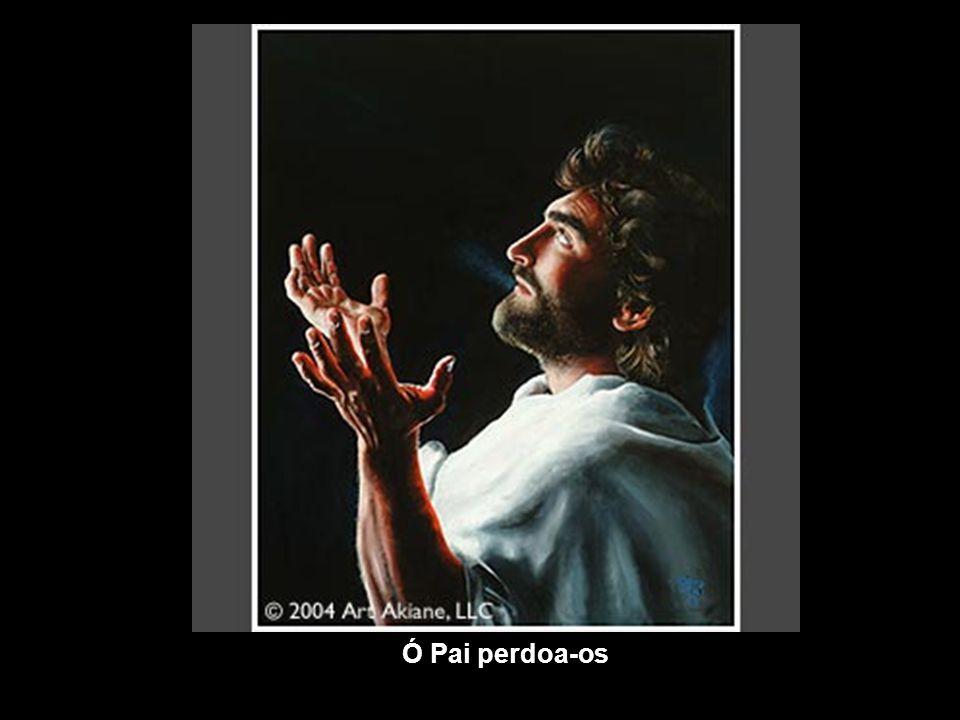 Um dia Akiane resolveu pintar a imagem de Jesus que ela havia sonhado. Mas como a lembrança do rosto não era clara, ela procurou por muito tempo um mo