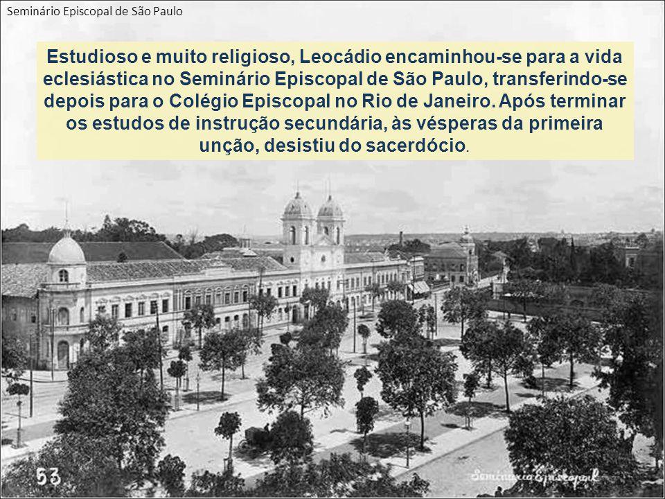 Estudioso e muito religioso, Leocádio encaminhou-se para a vida eclesiástica no Seminário Episcopal de São Paulo, transferindo-se depois para o Colégio Episcopal no Rio de Janeiro.
