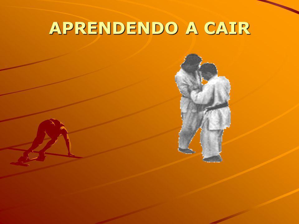 Observando a forma como um judoca cai, pode-se perceber que ele executa movimentos muito peculiares...