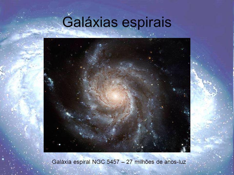 Galáxias espirais barradas Galáxia espiral barrada NGC 1300 - 69 milhões de anos-luz