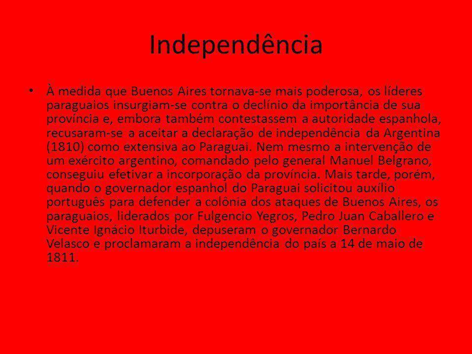 Independência À medida que Buenos Aires tornava-se mais poderosa, os líderes paraguaios insurgiam-se contra o declínio da importância de sua província e, embora também contestassem a autoridade espanhola, recusaram-se a aceitar a declaração de independência da Argentina (1810) como extensiva ao Paraguai.