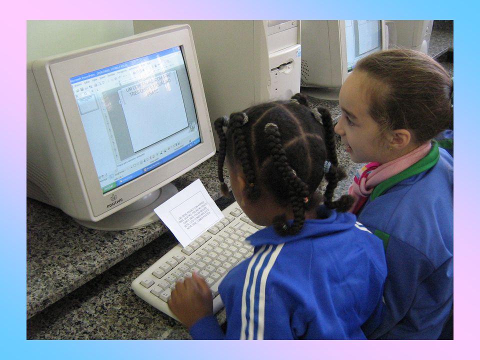Na sala de aula: Profª.Eliane Urol Turco de Almeida Profª.