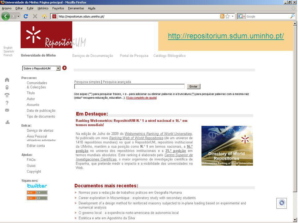 Direito à informação A biblioteca é um espaço dinâmico e aberto ao acesso à informação para todos.