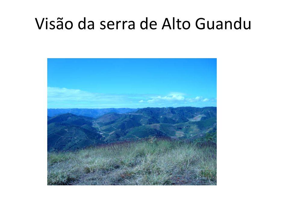 Visão da serra de Alto Guandu