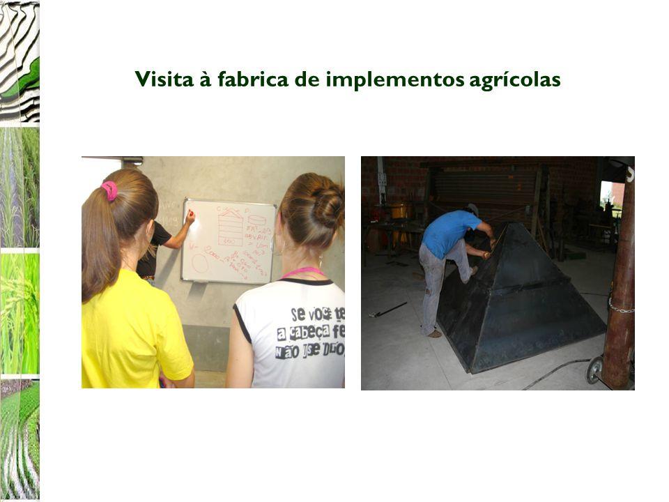 Visita à fabrica de implementos agrícolas