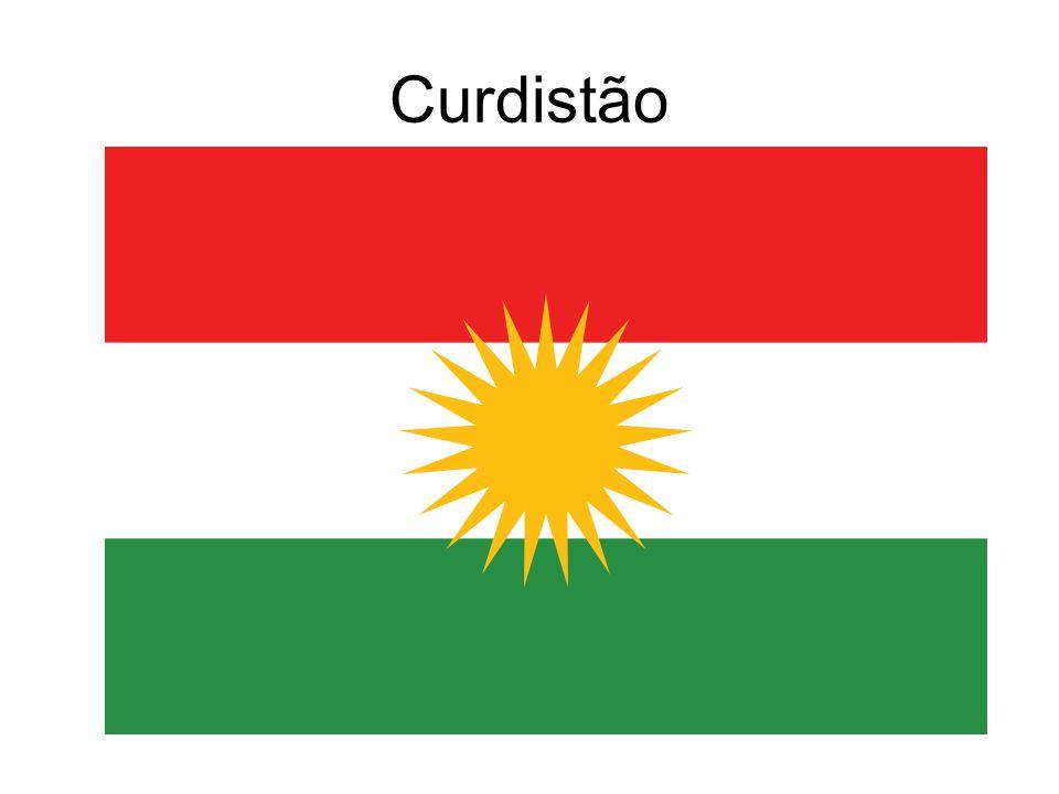 Apesar de possuir características singulares, os Curdos foram reconhecidos somente a partir da década de 1920, por meio do Tratado de Sévres, em 1920, e Lausanne, em 1923, que propunha a instauração de um Estado Curdo nos lugares em que já habitavam.