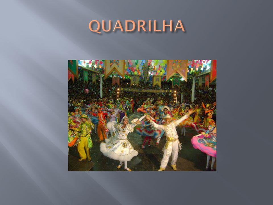 É originária de velhas danças populares de áreas rurais da França (Normandia) e da Inglaterra.