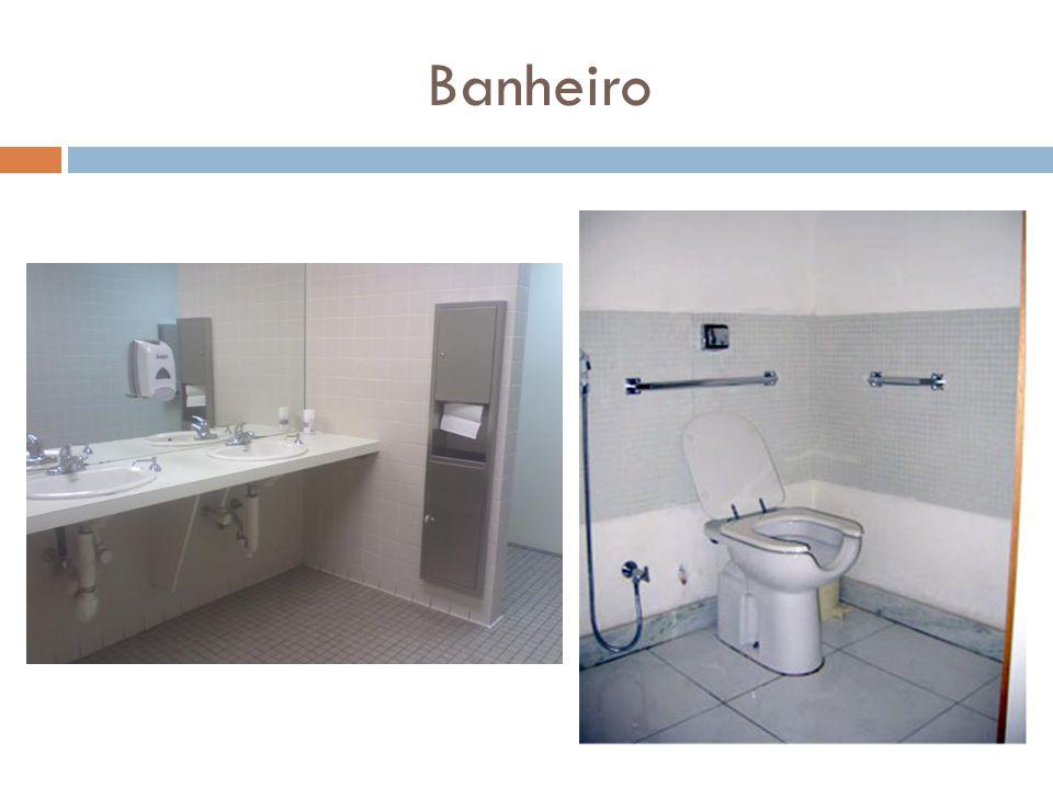 Torneira automática Secador de mãos Pia sem gabinete Pia rebaixada Vaso sanitário acessível e com barras