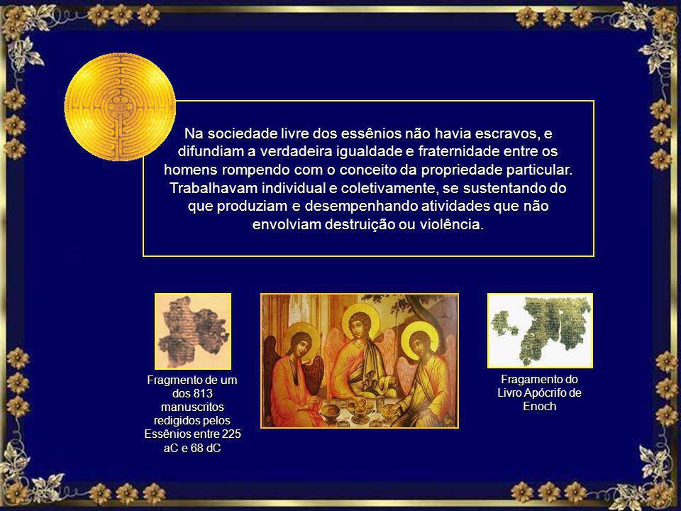 Possuíam moralidade exemplar através de costumes corretos e pacíficos. Dedicavam-se ao estudo espiritualista, à contemplação e à caridade, ao contrári