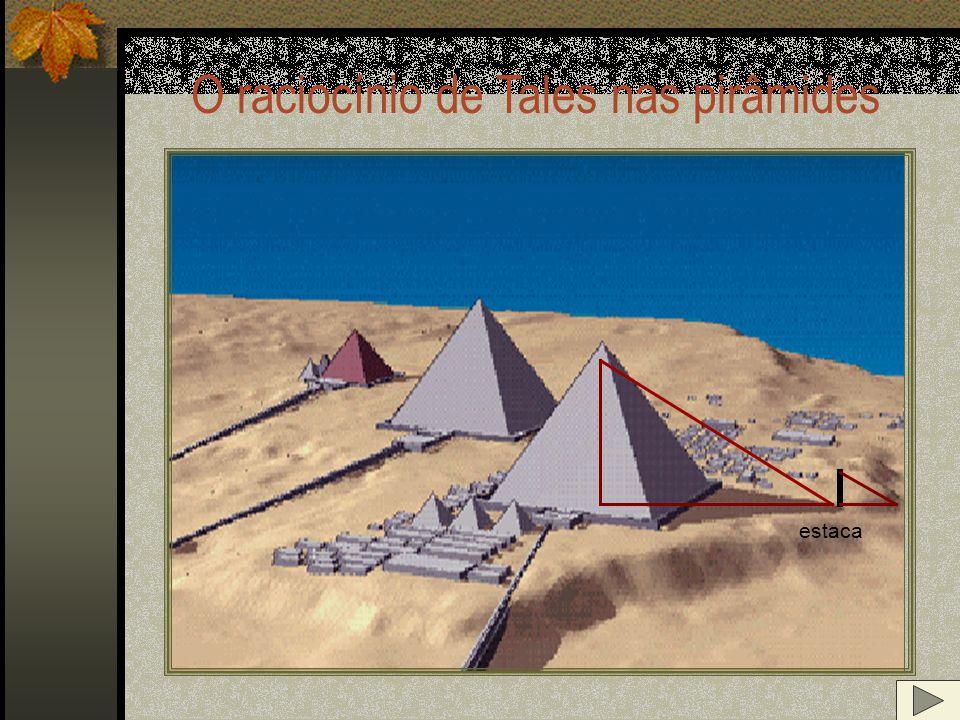 A pirâmide de Quéops, situada a dez milhas a Oeste do Cairo, na planície de Gizé, no Egito, a 39 metros do vale do rio Nilo, foi construída a cerca de