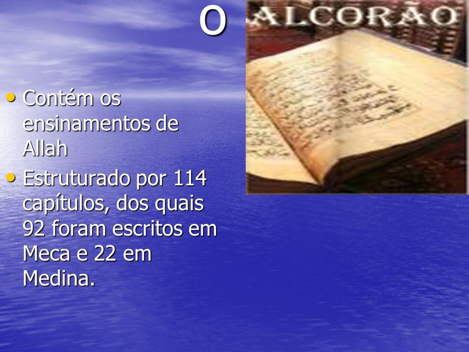 o Contém os ensinamentos de Allah Contém os ensinamentos de Allah Estruturado por 114 capítulos, dos quais 92 foram escritos em Meca e 22 em Medina. E