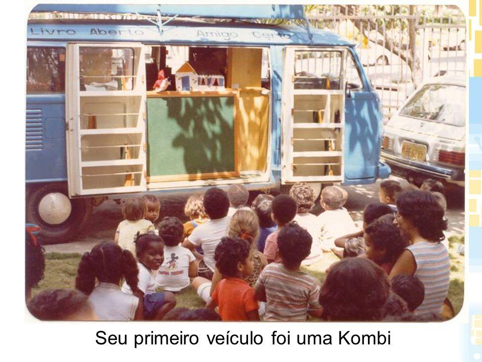 Projeto Educação para a Preservação Objetivos: Desenvolver ações na área de educação para a preservação através de atividades que possibilitem a formação, o treinamento e a conscientização do público alvo em termos da conservação dos acervos bibliográficos.