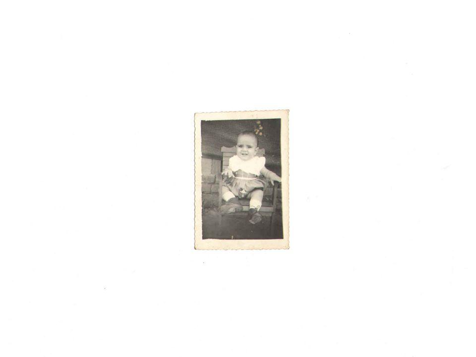 Até aos 16 anos morou nas cidades de São Luiz dos Montes belos e Iporá.
