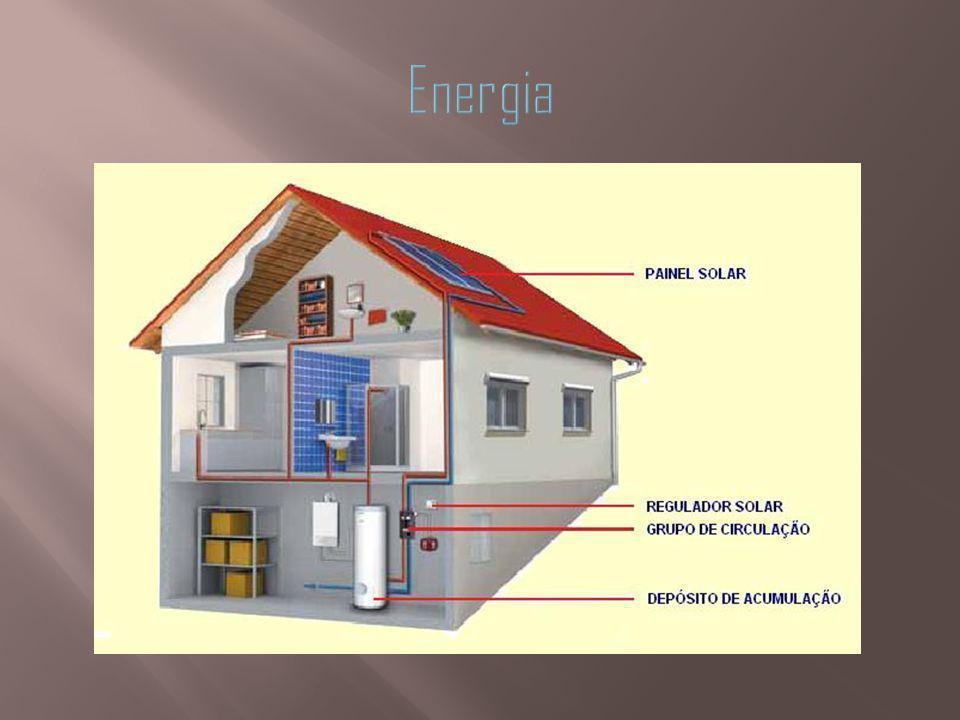 A orientação solar de um edifício é muito importante para que se possa fazer um aproveitamento da energia solar, contribuindo assim para o bom desempenho energético de um edifício.