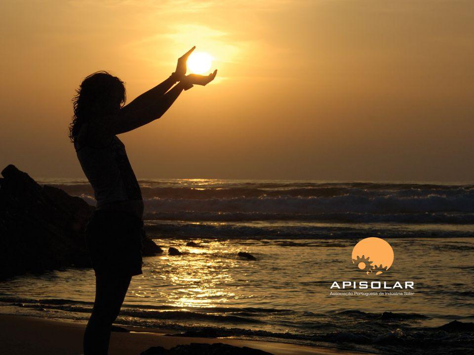 Criada em 1998, a APISOLAR - Associação Portuguesa da Indústria Solar, tem como objectivo principal assumir a defesa e a promoção da indústria solar portuguesa.