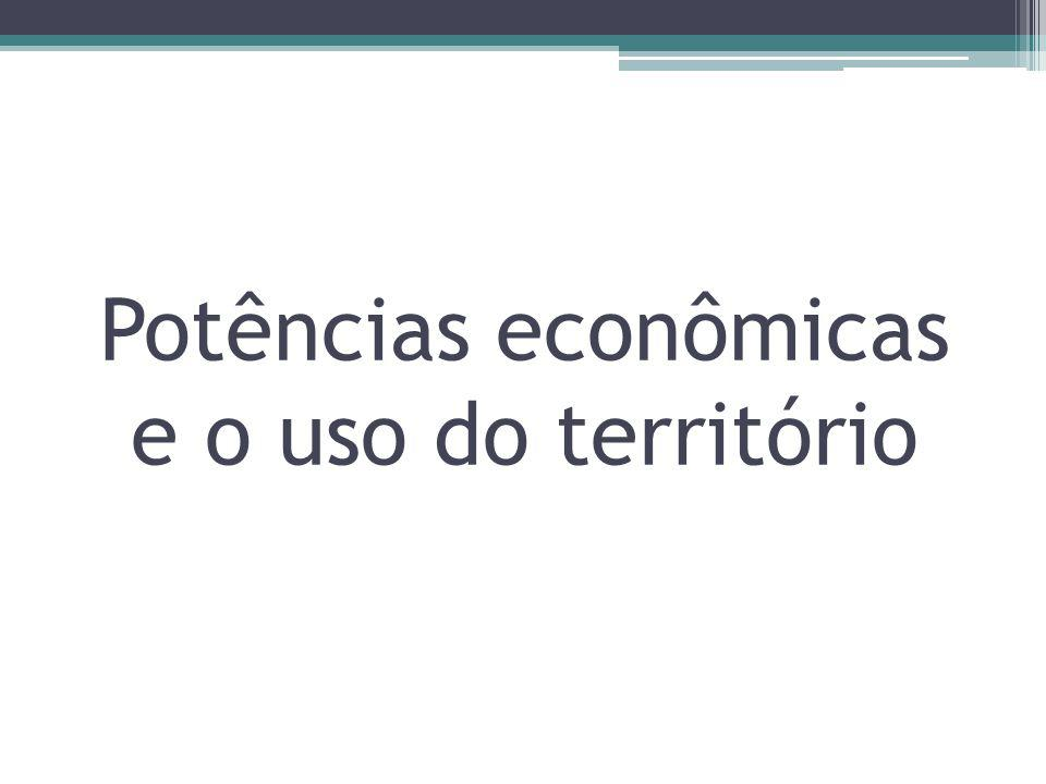 Critérios na determinação de uma grande potência Produto Interno Bruto – PIB Ações das grandes firmas multinacionais -A riqueza dos países em grande parte é reflexo da riqueza gerada pelas multinacionais; -Outros critérios