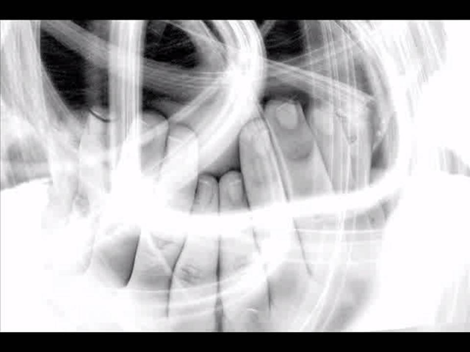 Mitos Sensação de Irrealidade e Desconexão Pensar que está perdendo o juízo ser maluco; Sentir-se isolada e fora da situação enquanto conversa com alguém; Sentir-se desconectada do mundo – o mundo se torna uma projeção de um filme.