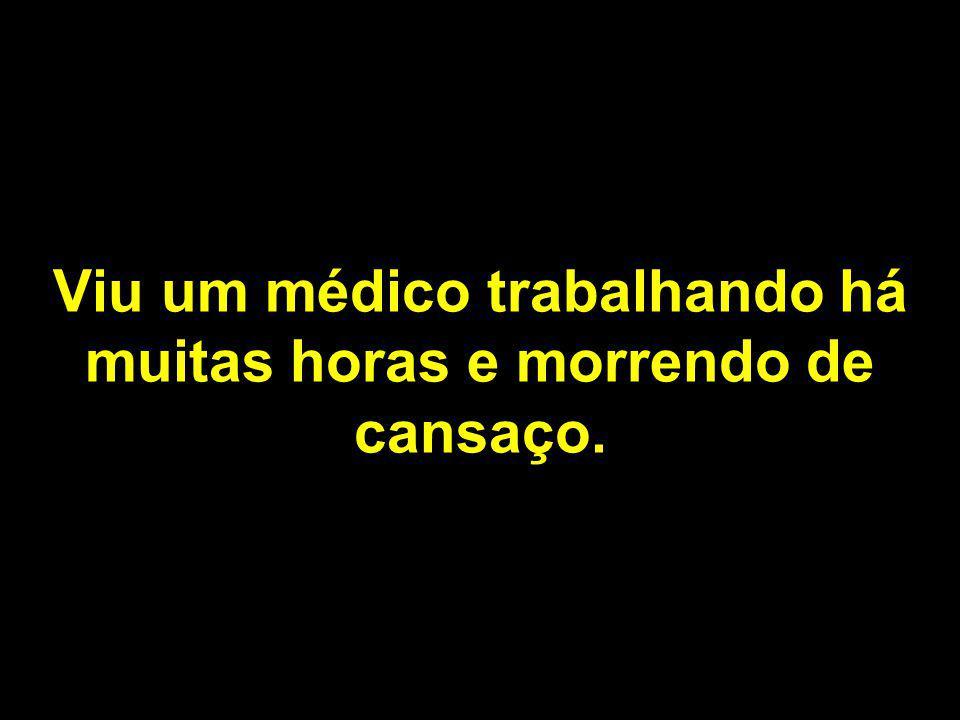 Procurou um lugar para descer e escolheu, no Brasil, um Posto de Saúde do SUS.