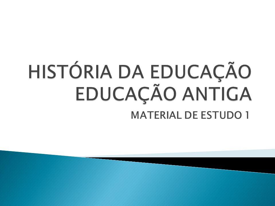 O A educação primitiva fundamentava-se nos rituais de iniciação.