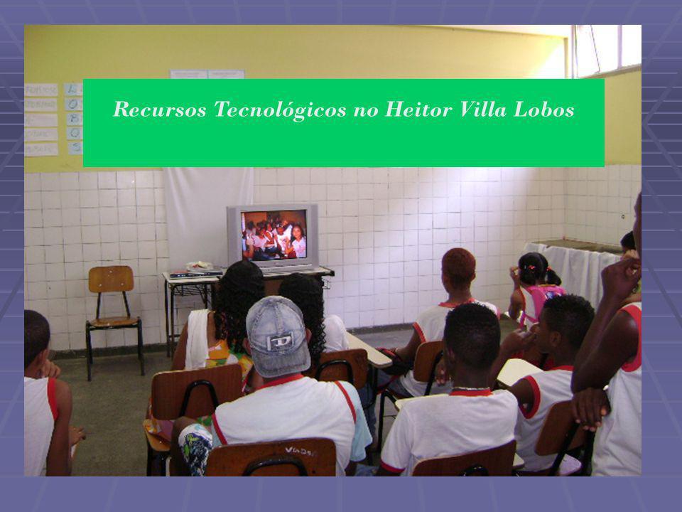 Objetivo Geral: Produzir slides para divulgação dos recursos tecnológicos existentes na unidade escolar para que façam parte do acervo digital da escola.