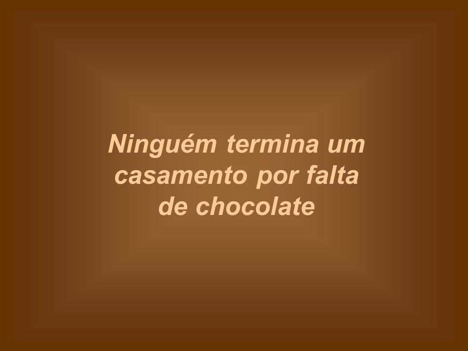 Se o seu filho lhe vir comendo chocolate, não vai ficar fazendo perguntas constrangedoras.