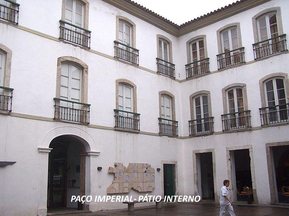 A construção do PAÇO IMPERIAL data do sáculo XVIII. Foi residência dos Governadores da Capitania do Rio de Janeiro, sucessivamente, do Vice Rei do Bra
