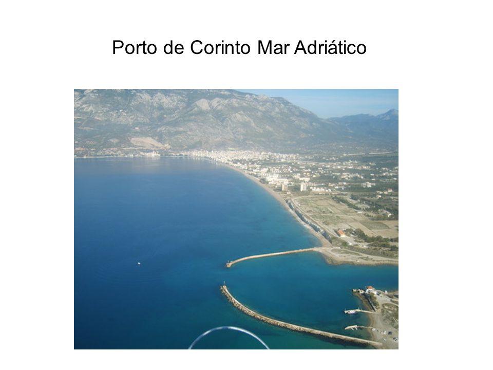 Porto de Corinto Mar Adriático
