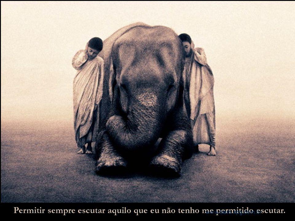Escutar com meus ouvidos atentos e minha boca estática, as palavras que se fazem gestos e os gestos que se fazem palavras. www.bero.xpg.com.br