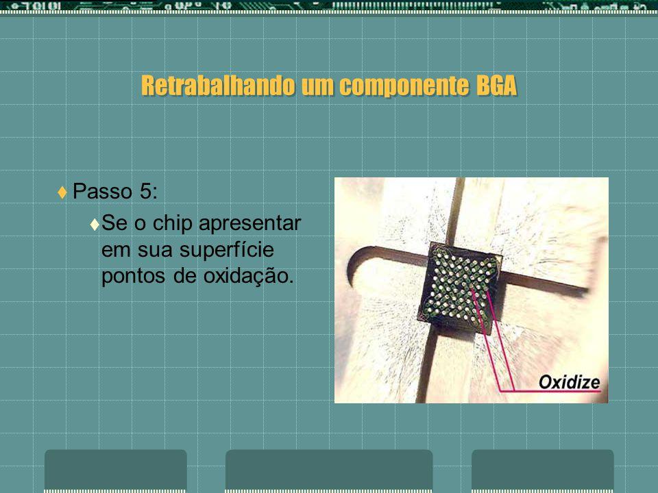 Retrabalhando um componente BGA Passo 4: Limpe com uma malha de dessoldagem e ferro de solda toda a superfície do componente.