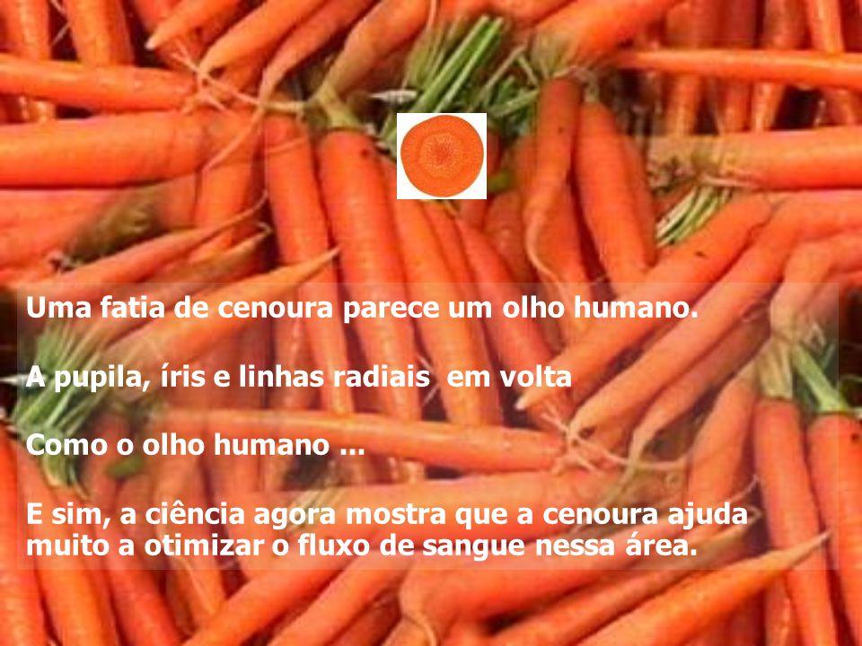 Uma fatia de cenoura parece um olho humano.
