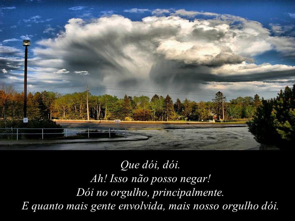 Deus não prometeu Dias sem Dor; Risos sem Sofrimentos; Sol sem Chuva.