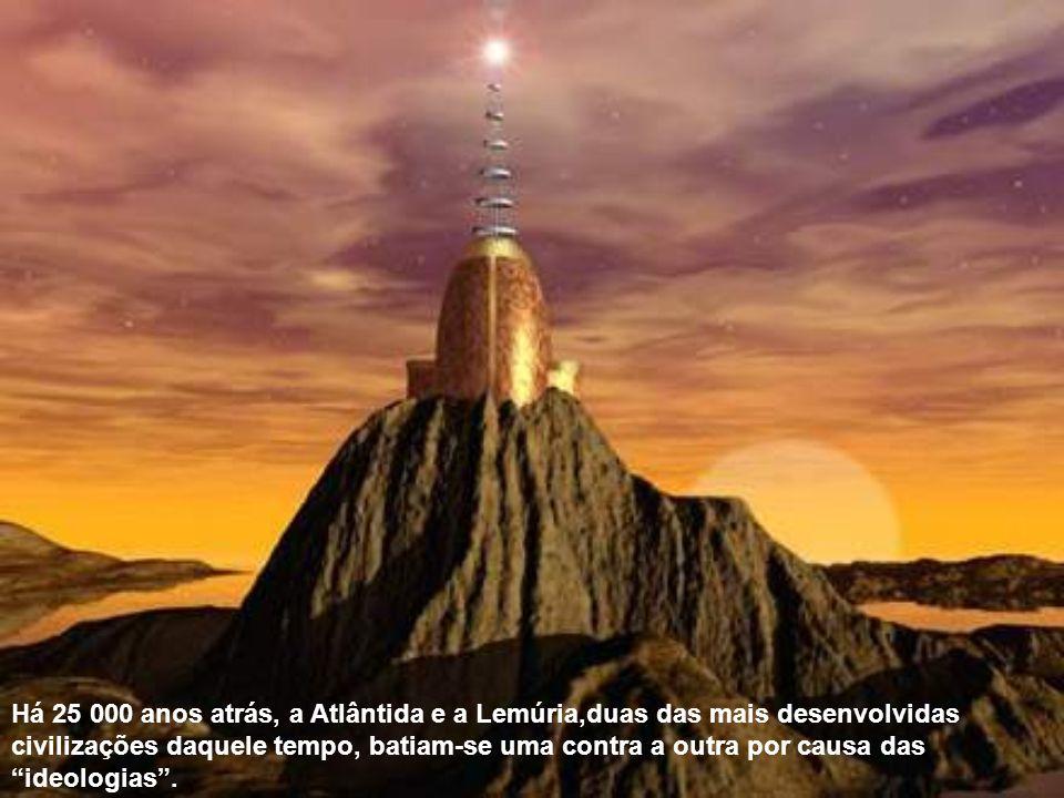 Há 25 000 anos atrás, a Atlântida e a Lemúria,duas das mais desenvolvidas civilizações daquele tempo, batiam-se uma contra a outra por causa das ideologias.