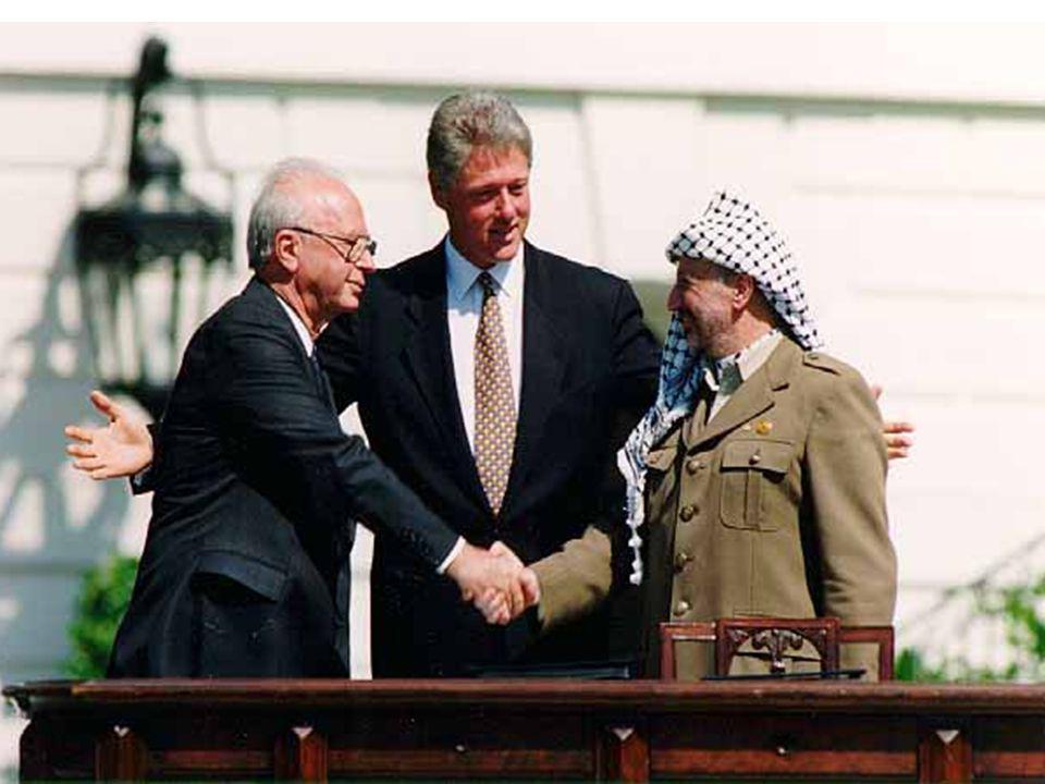 E agora, José? Em 1993, é assinado o Acordo de Oslo, determinando a retirada das forças armadas israelense da Faixa de Gaza e Cisjordânia, assim como