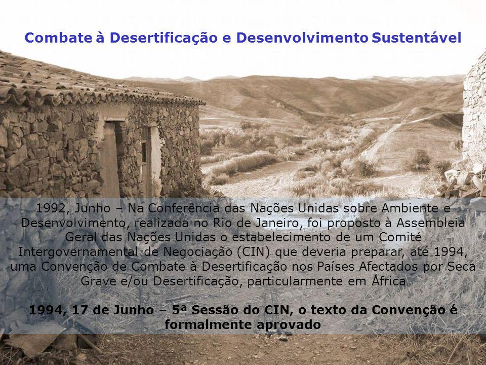 Combate à Desertificação e Desenvolvimento Sustentável ONDA DE CALOR 29 de JULHO A 14 AGOSTO DE 2003 A ocorrência de períodos prolongados com valores elevados da temperatura máxima do ar é um fenómeno que ocorre com alguma frequência em Portugal Continental.