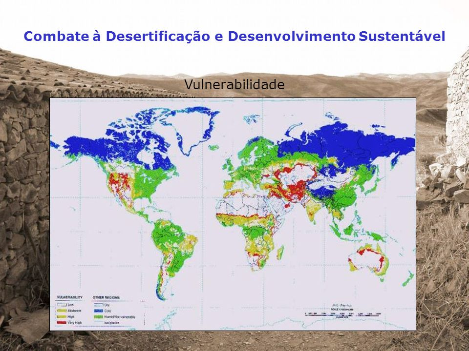 Particularidades da região norte-mediterrânica secas periódicas condições climatéricas semi-áridas afectando grandes áreas, secas periódicas, grande variabilidade pluviométrica e chuvadas repentinas e de grande intensidade solos pobres e altamente erosionáveis solos pobres e altamente erosionáveis, propensos à formação de crostas superficiais relevo acidentado relevo acidentado, com declives acentuados e paisagens muito diversificadas incêndios florestais frequentes grandes perdas no coberto vegetal devido a incêndios florestais frequentes crise na agricultura tradicional crise na agricultura tradicional associada ao abandono da terra e deterioração das estruturas de protecção do solo e de conservação da água exploração não sustentável dos recursos hídricos exploração não sustentável dos recursos hídricos, causadora de prejuízos ambientais graves, neles se incluindo a poluição química, a salinização e o esgotamento dos aquíferos actividade económica no litoral concentração da actividade económica no litoral, como resultado do crescimento urbano, da actividade industrial, do turismo e da agricultura de regadio Anexo 4