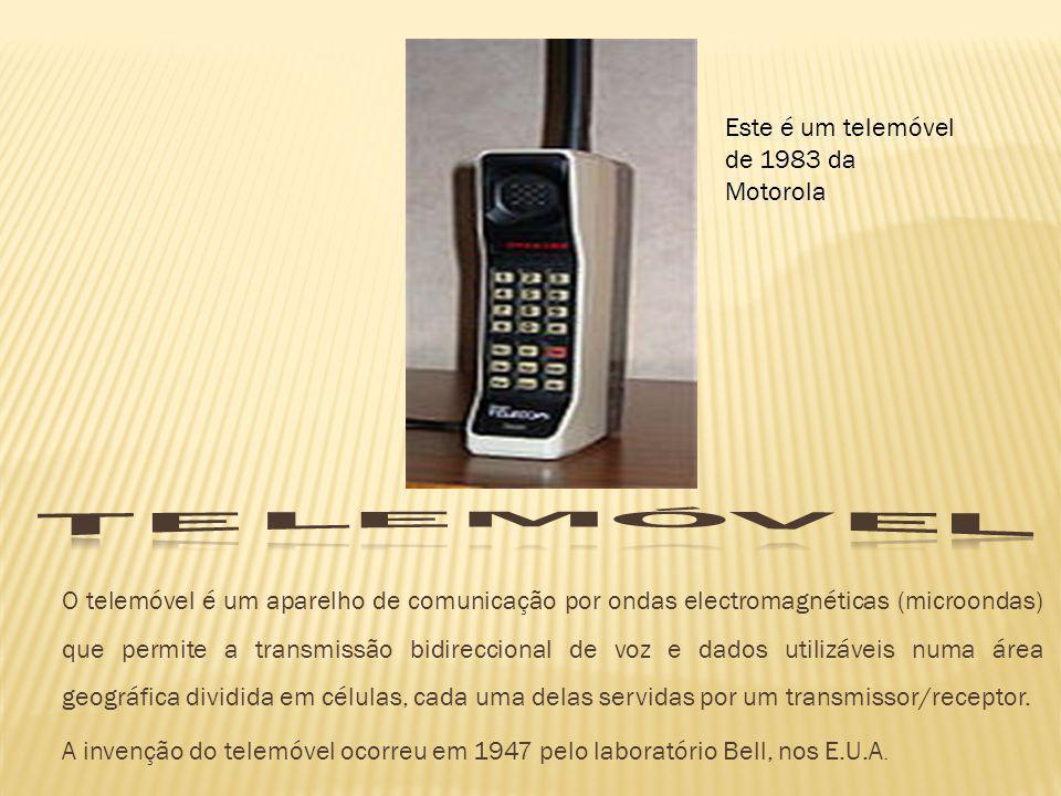 O telemóvel é um aparelho de comunicação por ondas electromagnéticas (microondas) que permite a transmissão bidireccional de voz e dados utilizáveis n