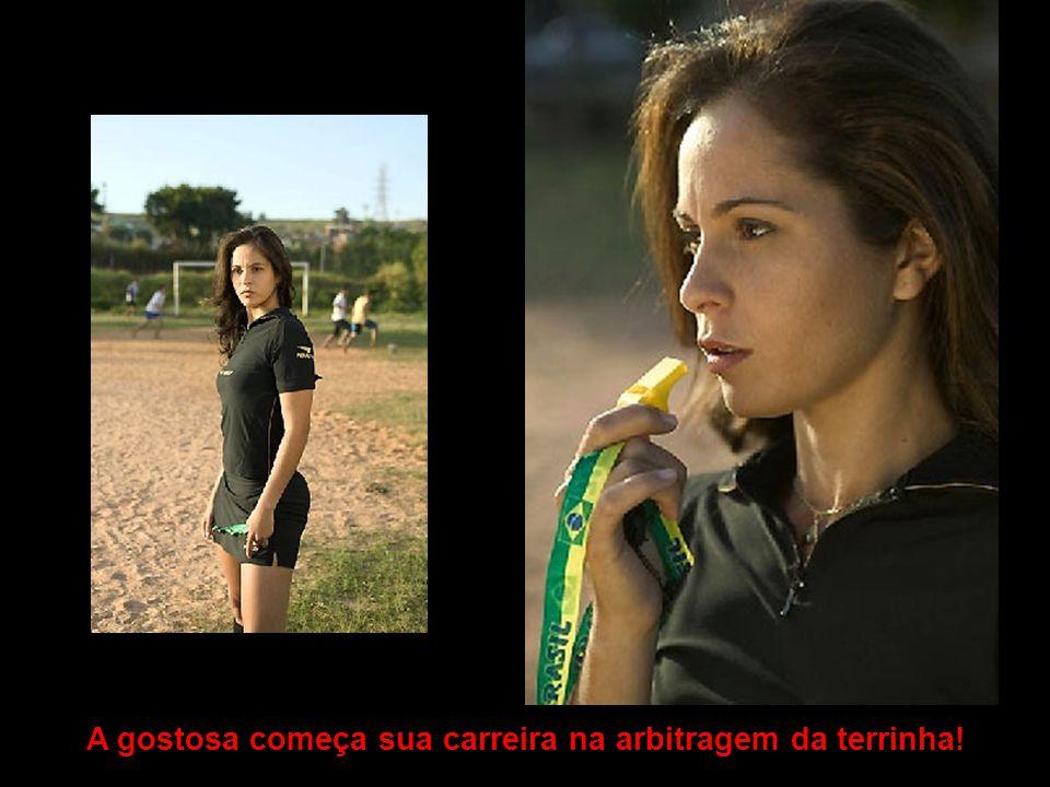 Algures em gramados do Brasil, o povão tá reparando na bandeirinha gostosa.
