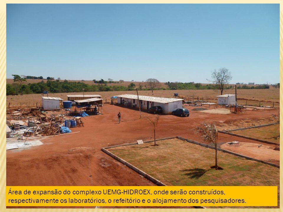 Área de expansão do complexo UEMG-HIDROEX, onde serão construídos, respectivamente os laboratórios, o refeitório e o alojamento dos pesquisadores.