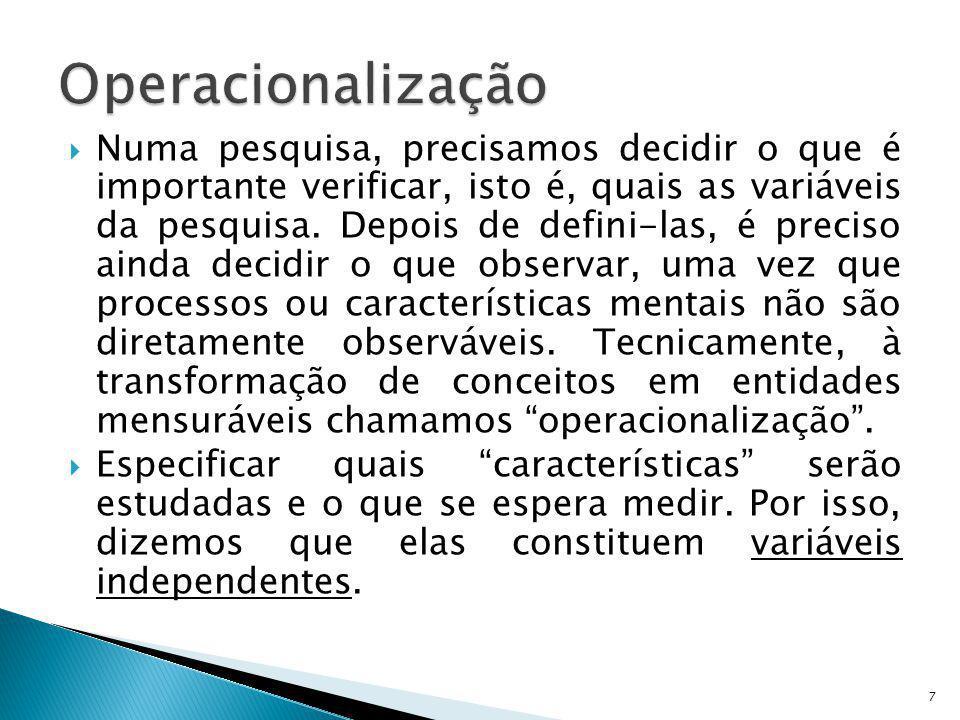 O objetivo desse estudo foi saber como o desempenho na tradução sofre influência de três características sabidamente envolvidas na tradução: conhecimento da língua estrangeira (L2), experiência prévia com microcomputadores (PC) e memória de trabalho (MT).