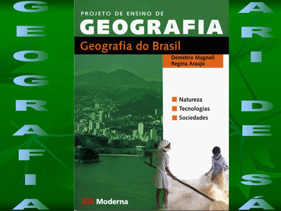 Domínio do Cerrado: Clima: Tropical (duas estações bem definidas) Relevo: Observam-se extensos planaltos (Planalto Central), depressões e chapadas sedimentares.