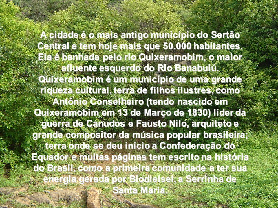 Encravado no Vale Monumental do Ceará, onde a paisagem de monólitos e caatinga atrai os visitantes, o Município Coração do Ceará se destaca pela existência dos sítios arqueológicos e por seus atributos históricos e culturais.