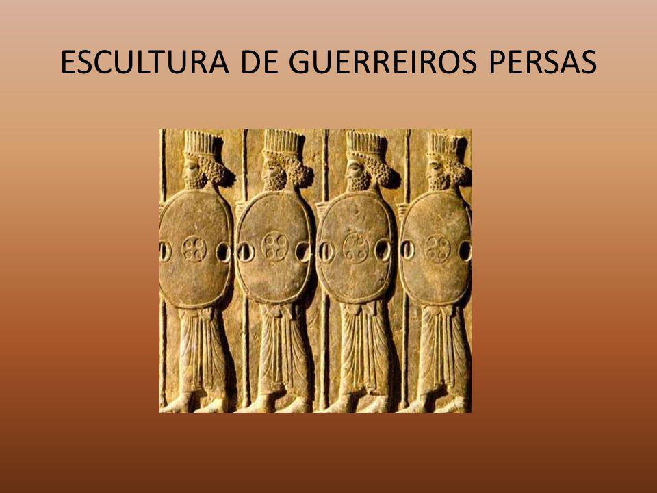 ESCULTURA DE GUERREIROS PERSAS
