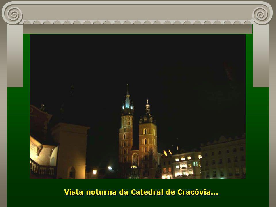 Prédios centenários, em diferentes estilos, se constituem em monumentos de uma cidade que tem um patrimônio histórico incalculável...
