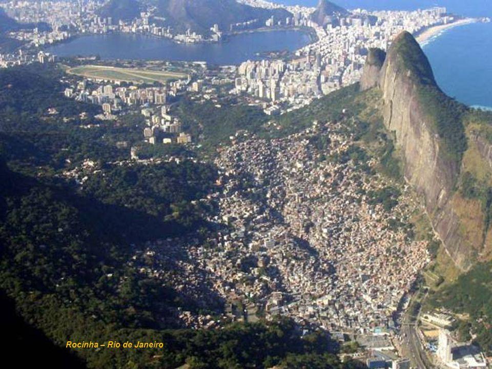 Ministério das Cidades Secretaria Nacional de Programas Urbanos Rocinha – Rio de Janeiro