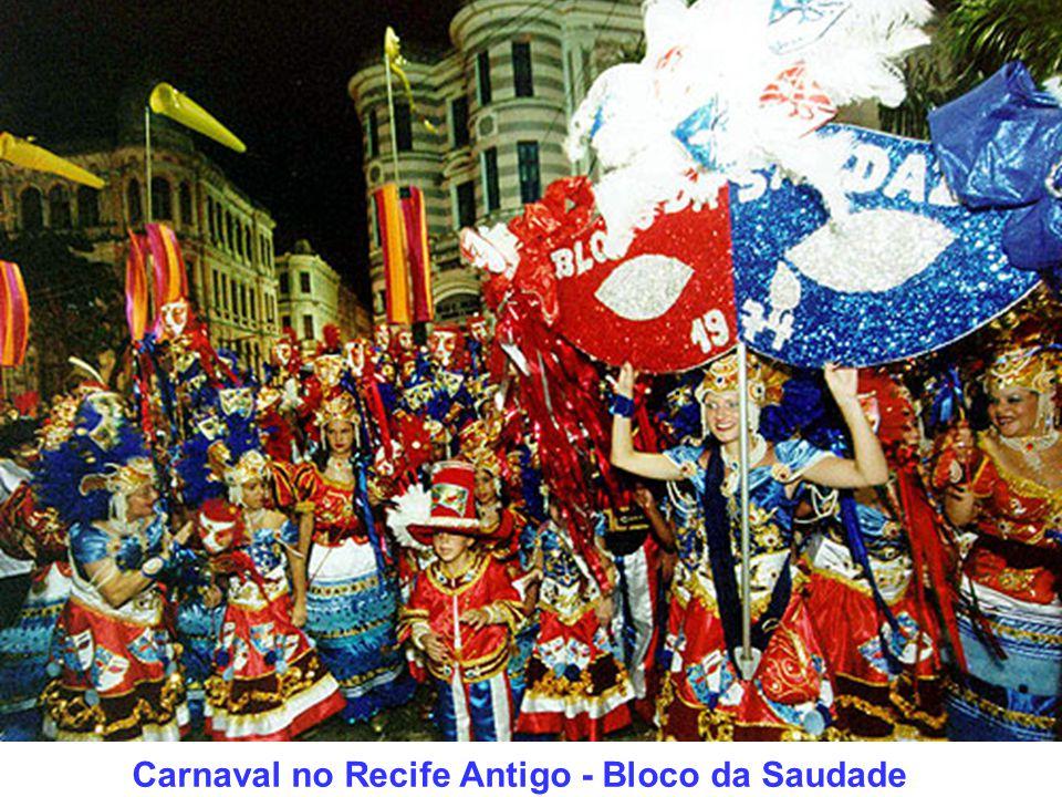 Carnaval de Pernambuco Produzido por: Arnaldo Temporal E-mail: arnaldotemporal@gmail.comarnaldotemporal@gmail.com Visite a minha página: http://arnaldotemporal.xpg.com.br Respeite o direito autoral Recife, dezembro de 2006