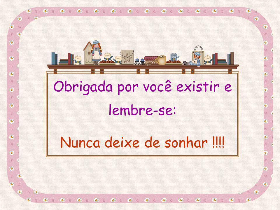 Esse slide foi feito por Luana Rodrigues em 13.07.03, e você não pode alterar nada nele. www.luannarj.hpg.ig.com.br Luannarj@uol.com.br Não pelos anos