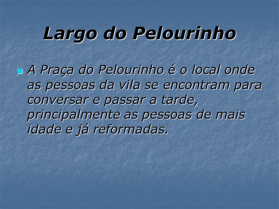 Largo do Pelourinho Pelourinho & Torre Relógio Aljubarrota - Alcobaça