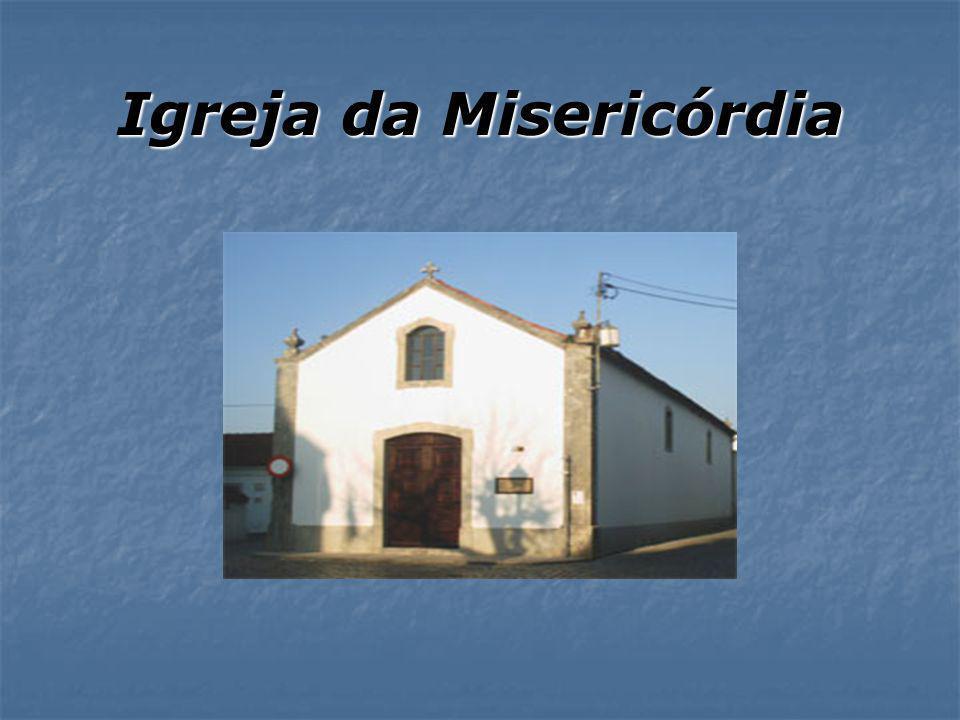 Torre do Relógio A Torre Sineira ou Torre Relógio é da época de D. Sebastião que passou muito tempo da sua Juventude no Mosteiro de Alcobaça. A Torre