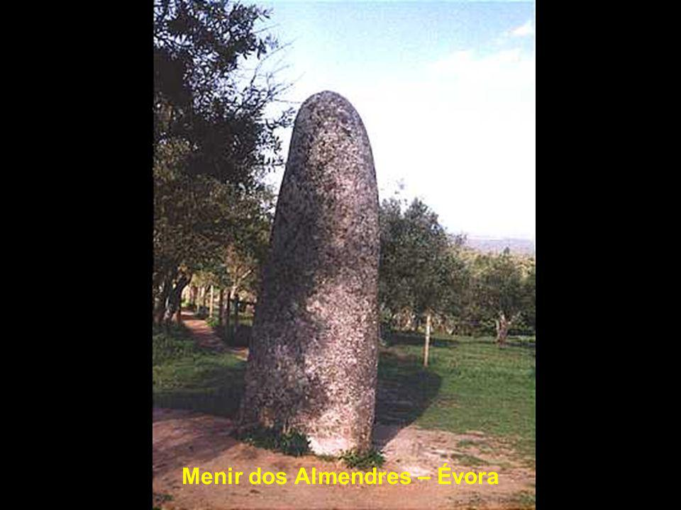 Menir do Outeiro – Reguengos de Monsaraz